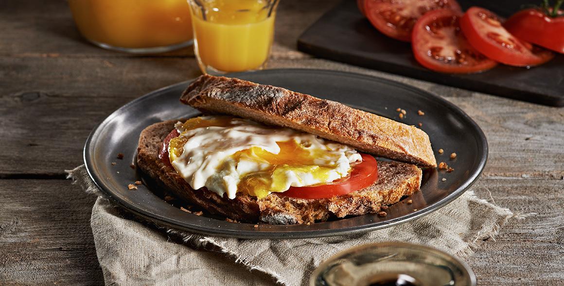 august famer faves sunrise egg sandwich