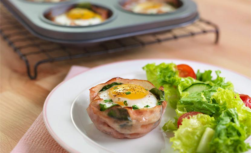 Recipes - Baked Egg Cups » Eggs.ca