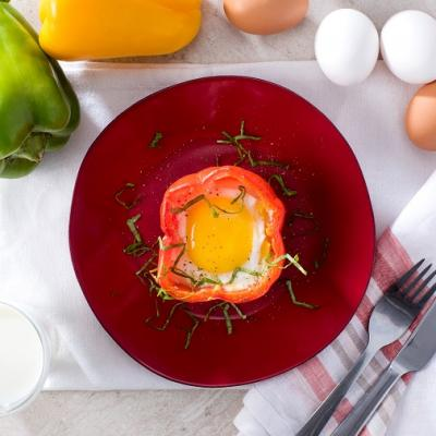 Microwaved Eggs in Peppers CMS
