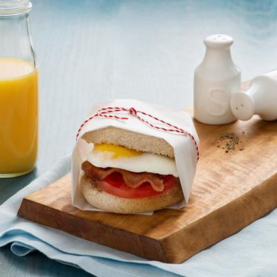 SBS English Muffin Bacon Tomato Fried Egg 041 2