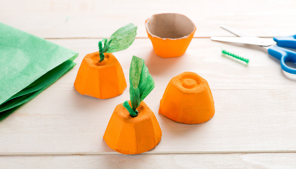 Egg Carton Pumpkins SBS 021