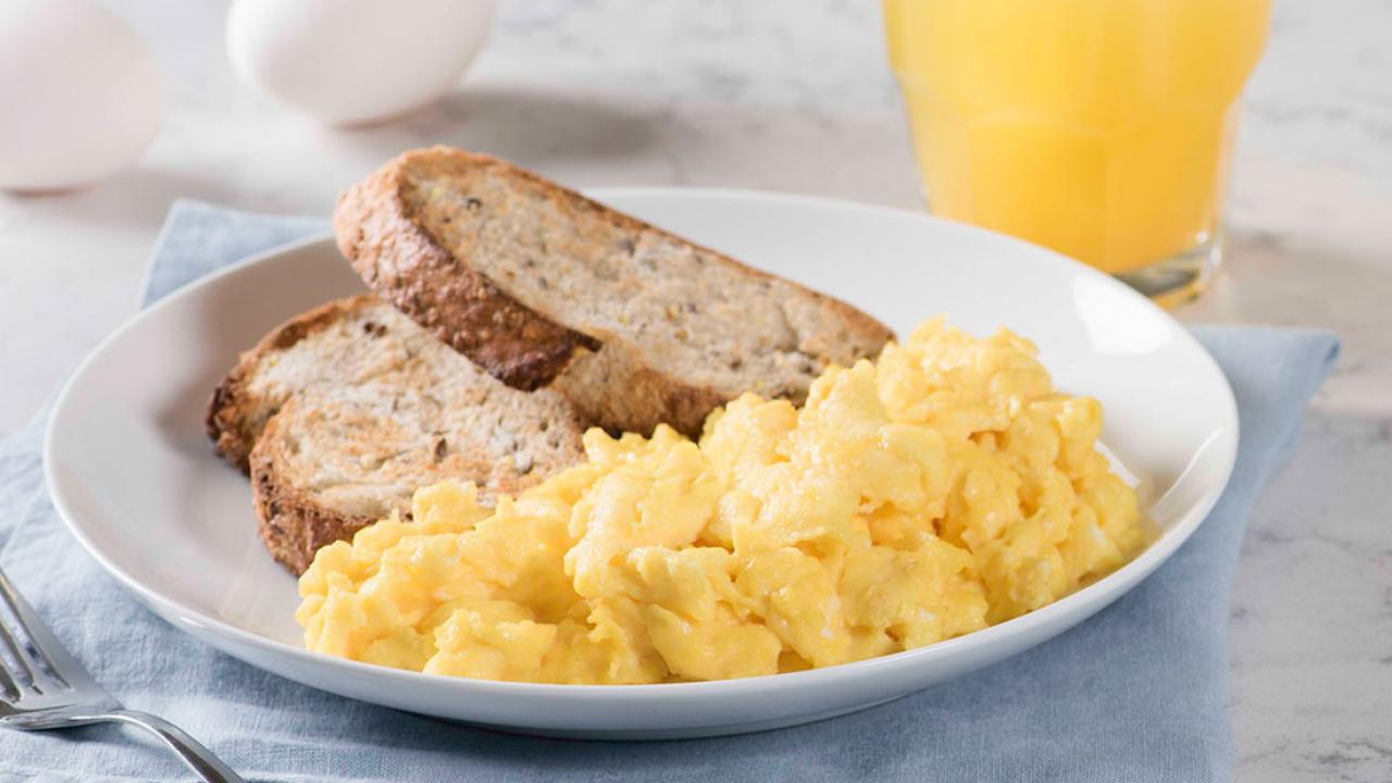 Simple Scrambled Eggs Recipe | Get Cracking
