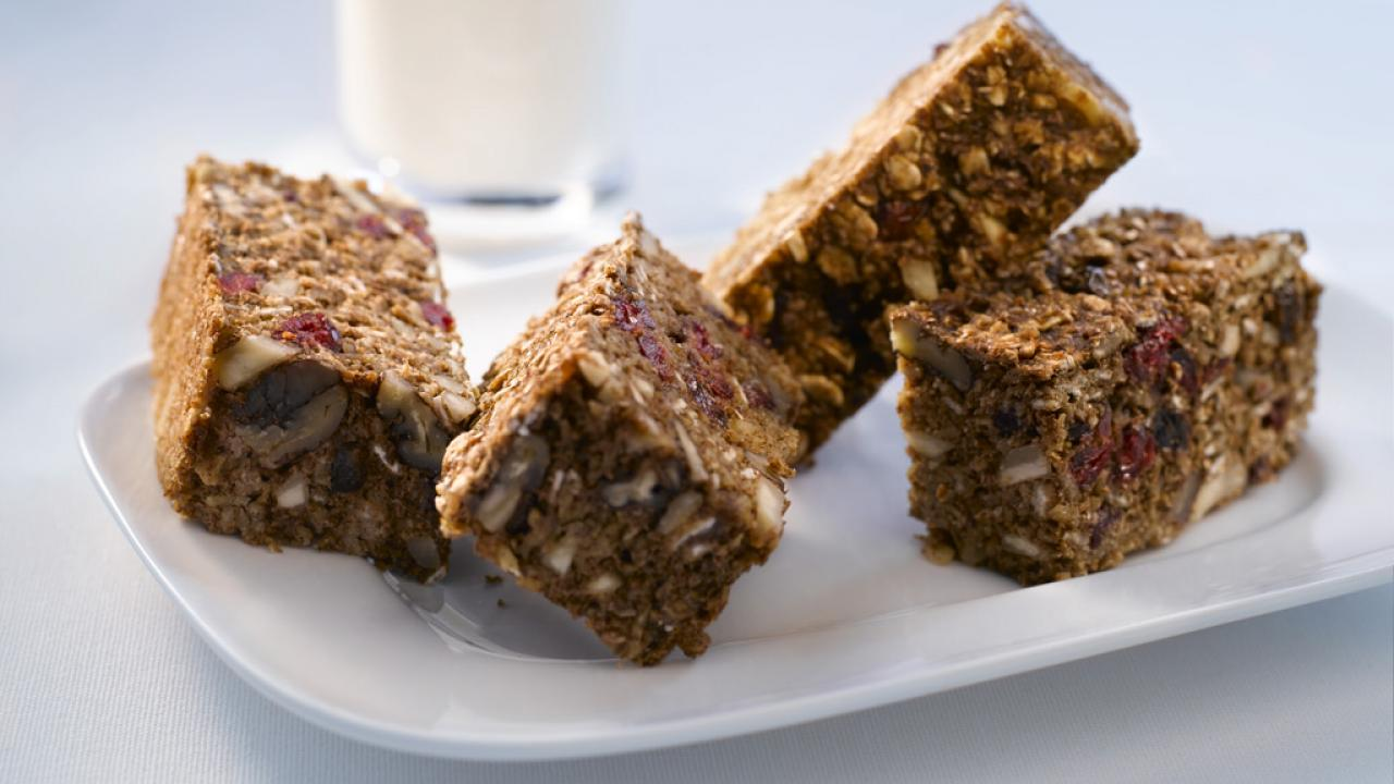 Low Fat Breakfast Bars Recipe Get Cracking