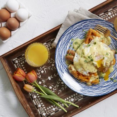EFC spring sausage eggs benedict 3431 V1