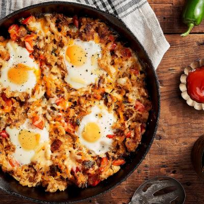 rsz cowboy skillet breakfast 4 eggs5