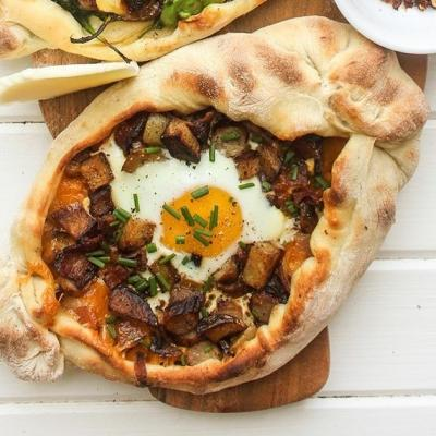traditional khachapuri13